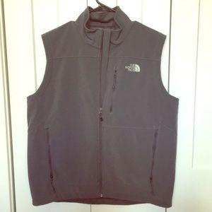 Men's north face shell vest